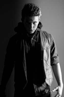 Zachary Williams  TP Studio web-66.jpg