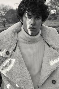 Edgard-Schmeichel-Fashion-Portrait-Fotograf__66.jpg