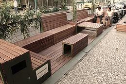 Parada Carioca - Prima Bruschetteria - Leblon. Parklet: Projeto e Execução - Baumann Arquitetura - Rio de Janeiro