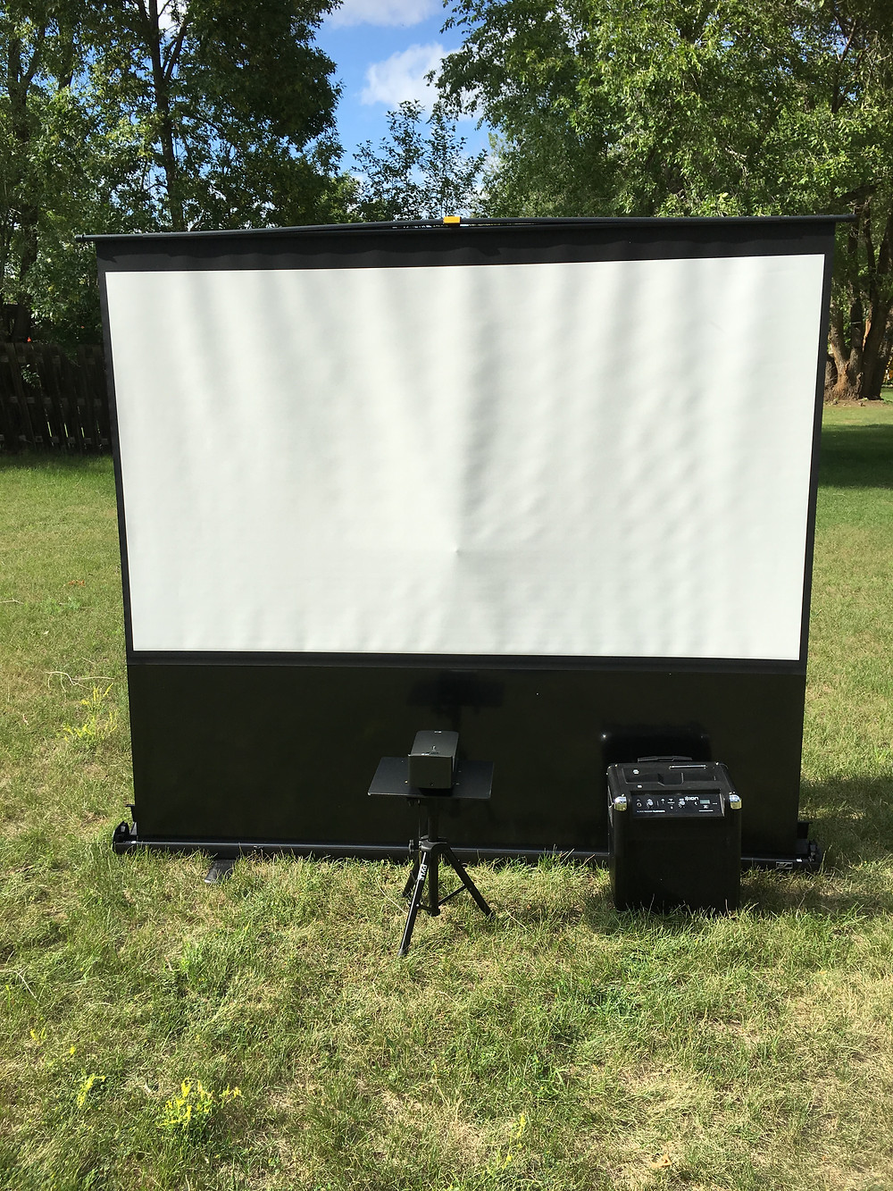 "100"" Projector setup for any kind of miami video gaming party"