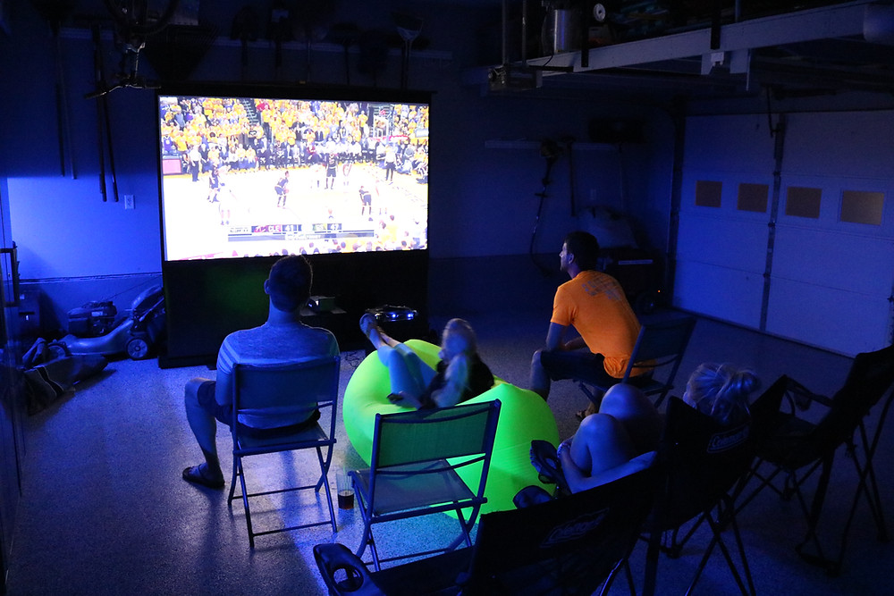 Florida Projector Screen Setup - Sports Night