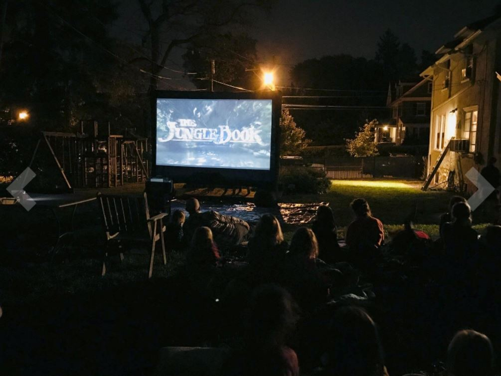 Backyard Projector Screen - Projector Rentals - Miami 786-423-8759