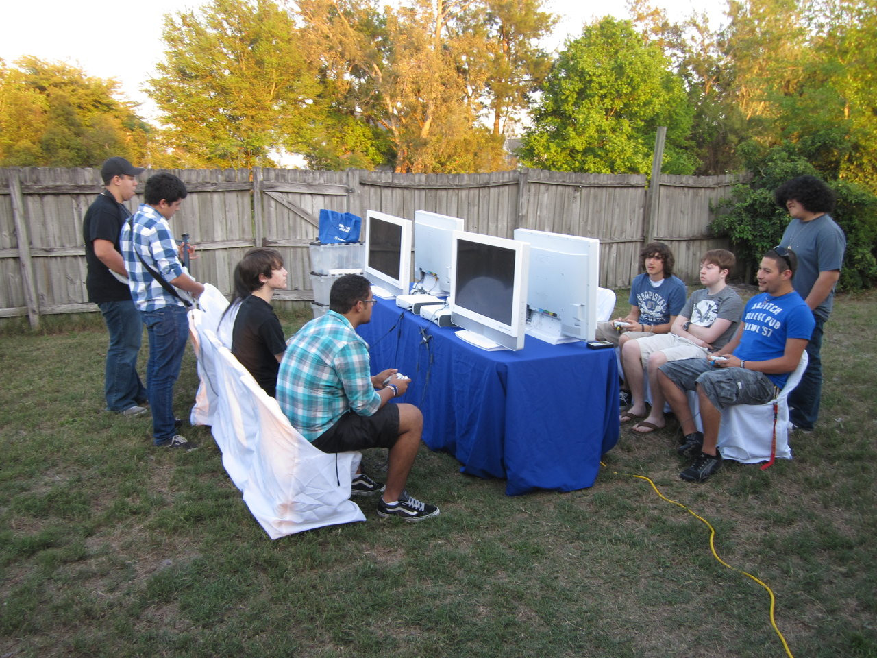 Outdoor 16 Player Video Game Party