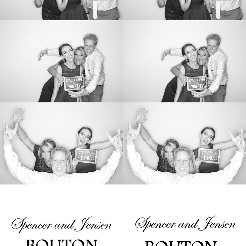 Black and White Photobooth Miami