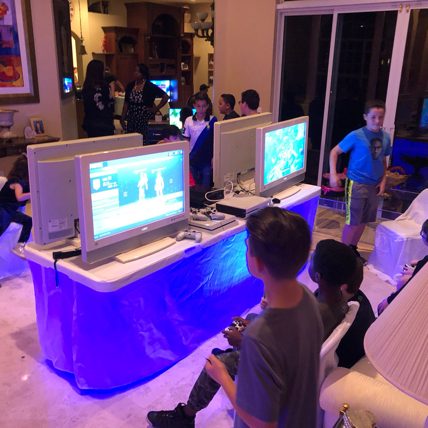 Fortnite Video Gaming Party - Party Equipment Rental - South Florida 786-423-8759