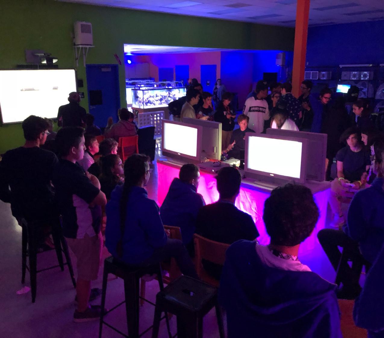 Fortnite Parties - Video Game Truck - Fort Lauderdale 786-423-8759