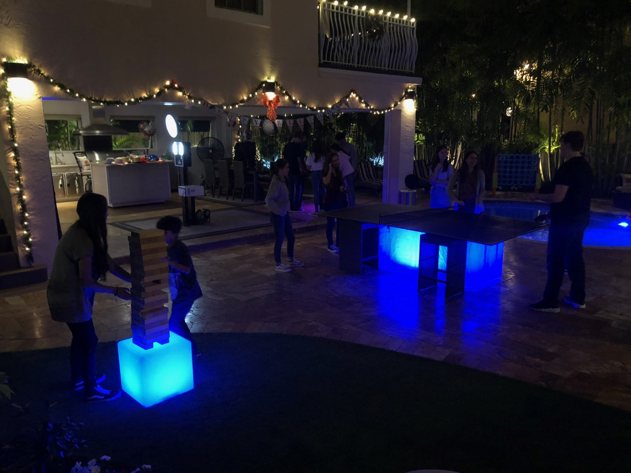 LED Giant Jenga Rental Florida - Bar Mit