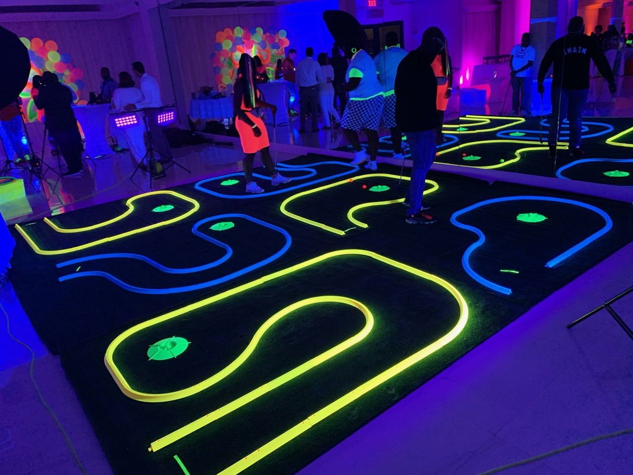 Blacklight Mini Golf Rental Florida - Pa