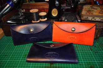 hane made leather purse
