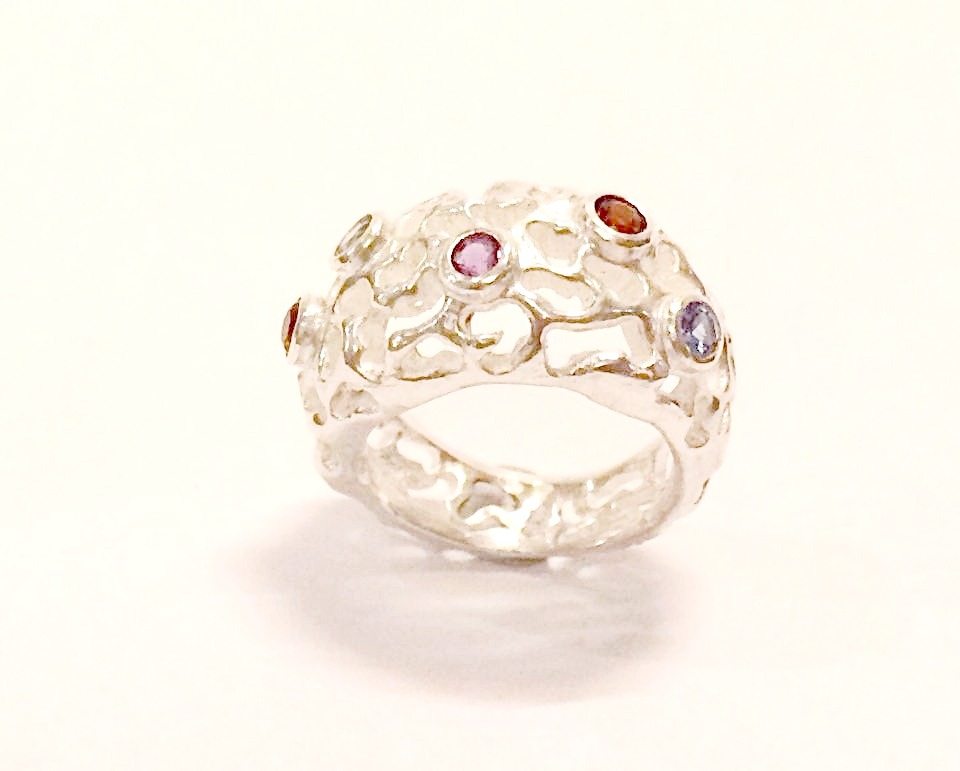 Gemset coral ring