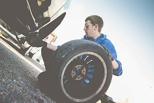 oakwoods-garage-mechanic-tyres-portslade