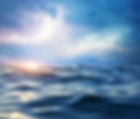 storm-on-the-sea-VWXDPH8.jpg