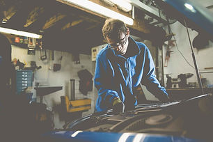 oakwoods-garage-mechanic-mot-portslade.j