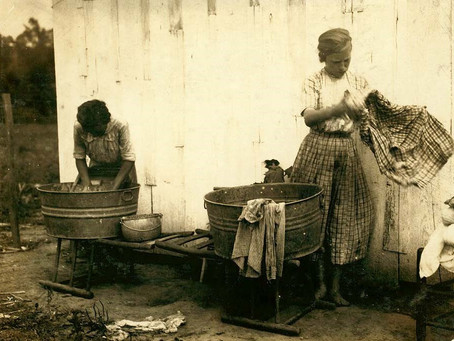 WARSHING CLOTHES IN OLE DAYS