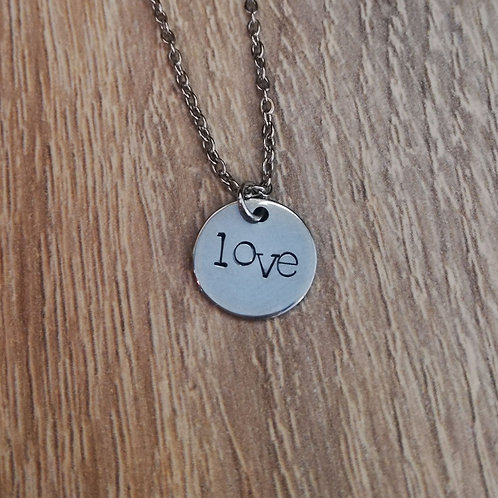 """Pièce unique Collier """"LOVE"""""""