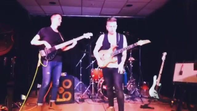 Last night me and my slugs performed at Berklee. It was a cool show. That's an extract of my fav, Golden Dew. See ya soon. Jack SchwenkeEuan LesleeDonghwan Ethan SeoRiccardo Niar