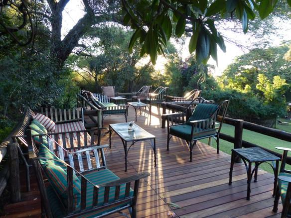 Restaurant-Lounge-Deck1.jpg