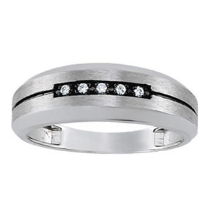 Platinum Ring Set with 5 Diamonds