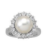Diamond Halo Pearl Right Hand Ring