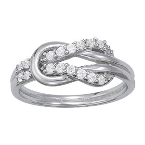 Diamond Knot Right Hand Ring