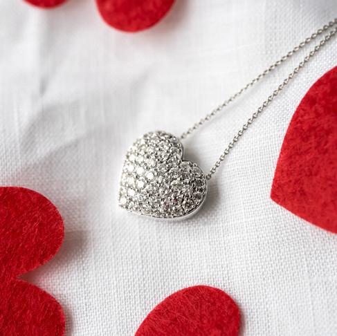 Allurez Valentine's Day Product Images