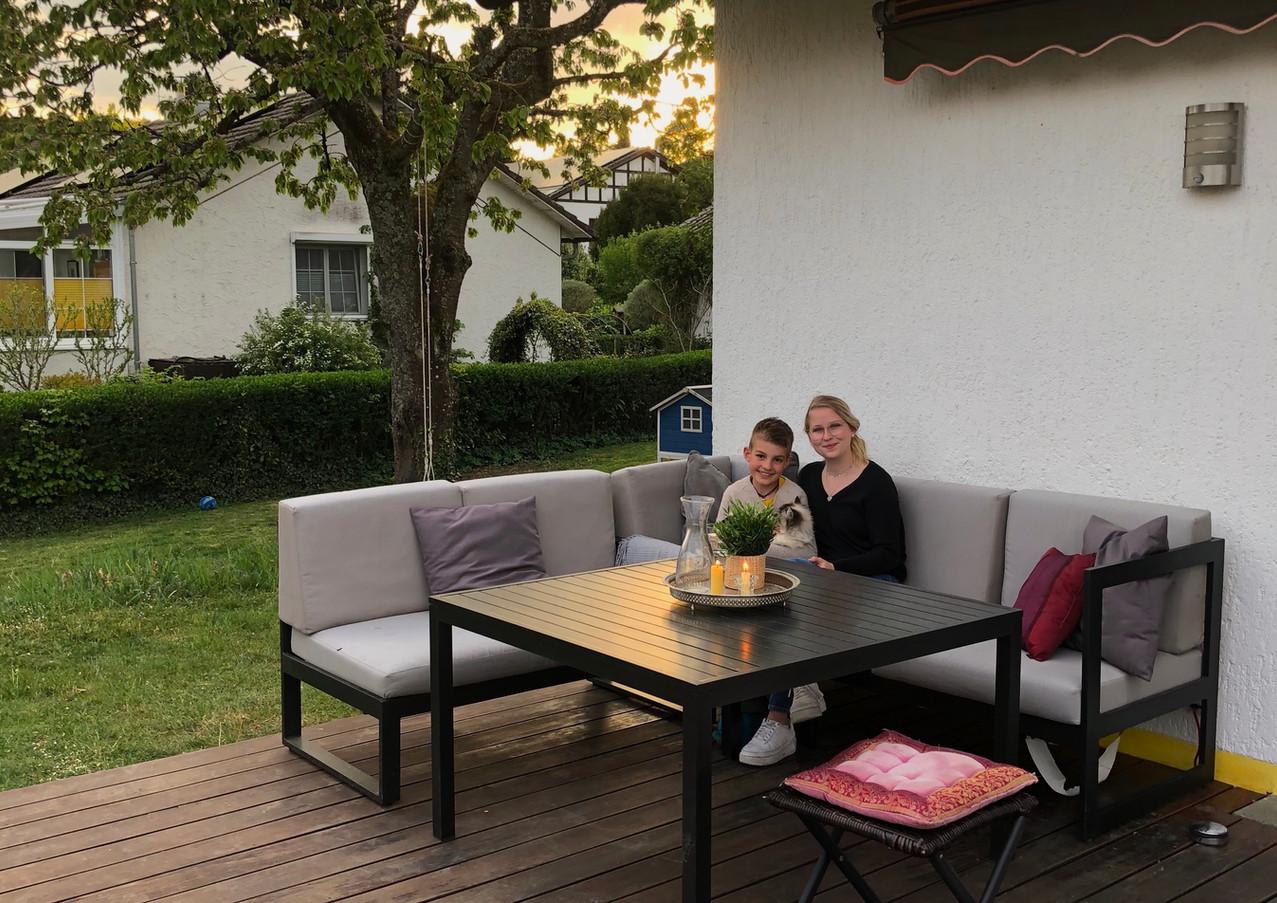 Unsere gemütliche Garten Lounge für die ganze Familie