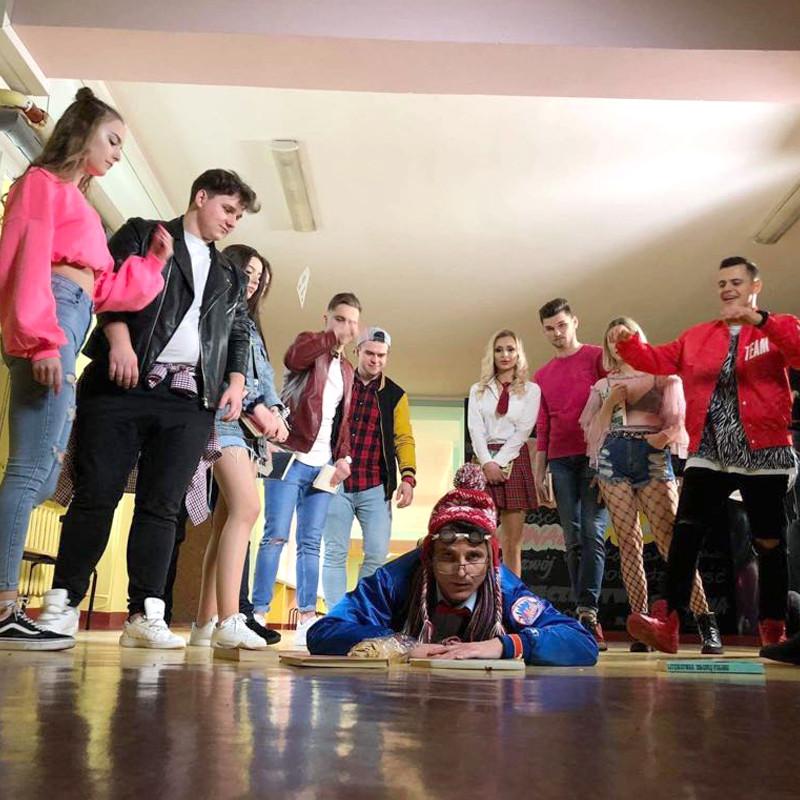 """Kadr z teledysku """"Dla Ciebie Dziewczyno"""" zespoły Milano, fot. materiały zespołu"""