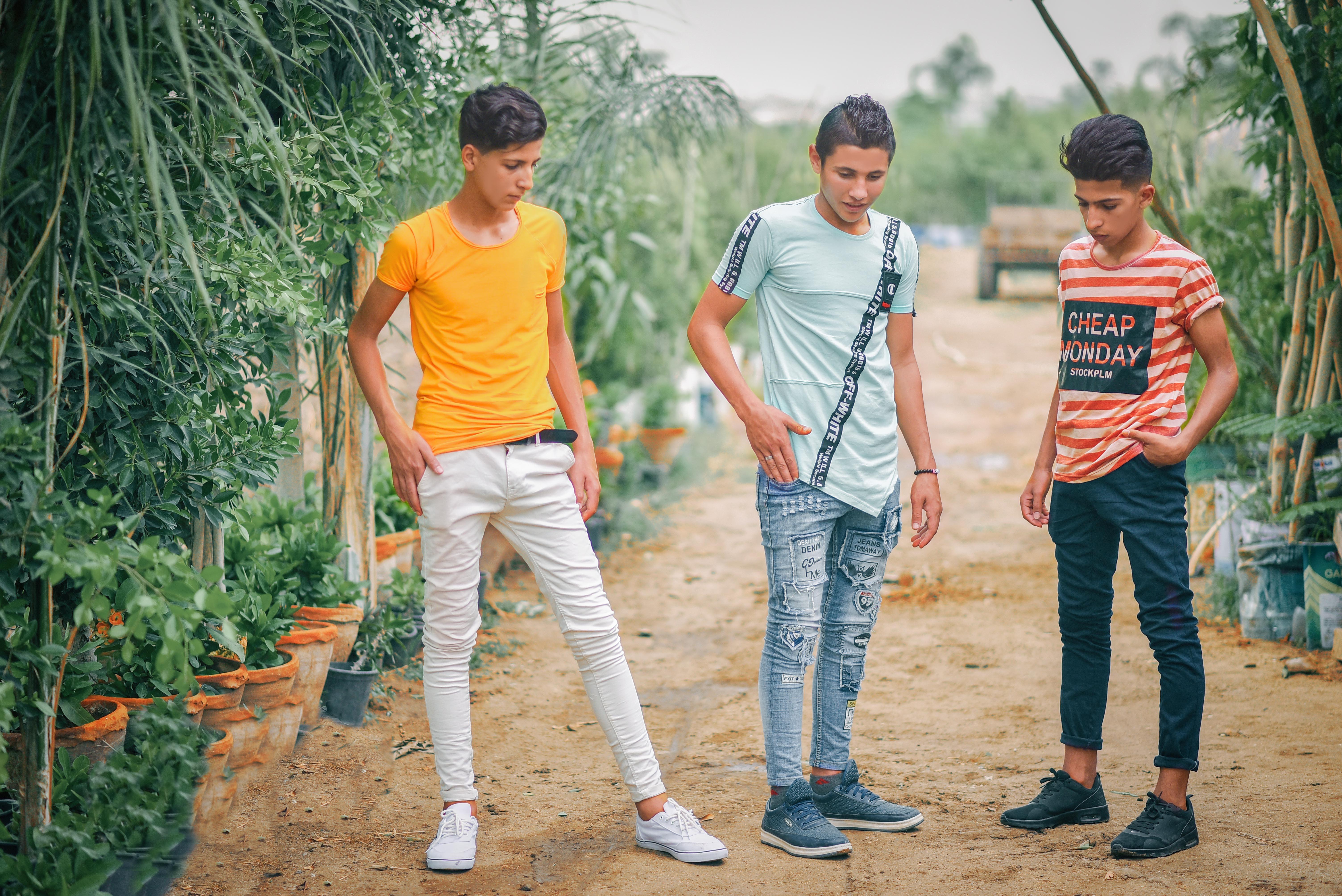 adolescent-boys-enjoyment-1197373