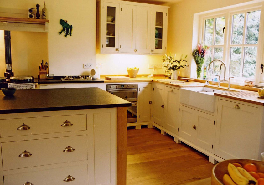 Hand painted Kitchen, Cambridgeshire. 2007