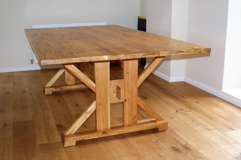 Reclaimed Pine Dining Table, Cambridge. 2018