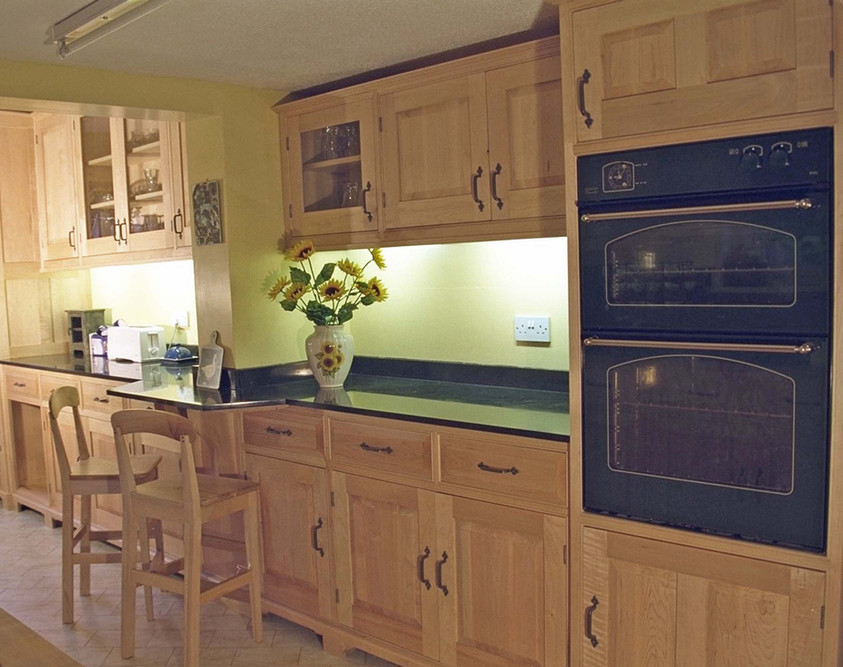 Sustainable Maple Kitchen Furniture, Cambridgeshire. 2004