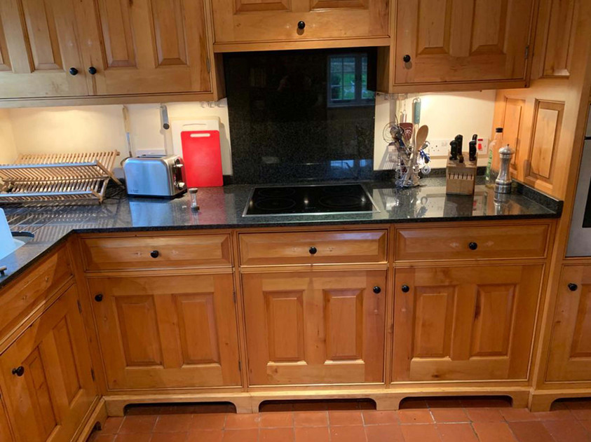 Sustainable Alder Kitchen furniture, Cambridgeshire. 2005