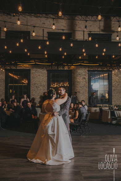 Wisconsin Wedding Photographers - Sheboygan Wedding Venues