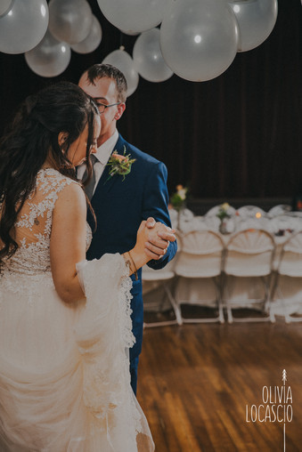 Wisconsin Wedding Photographers - Wedding venues in WI with forest