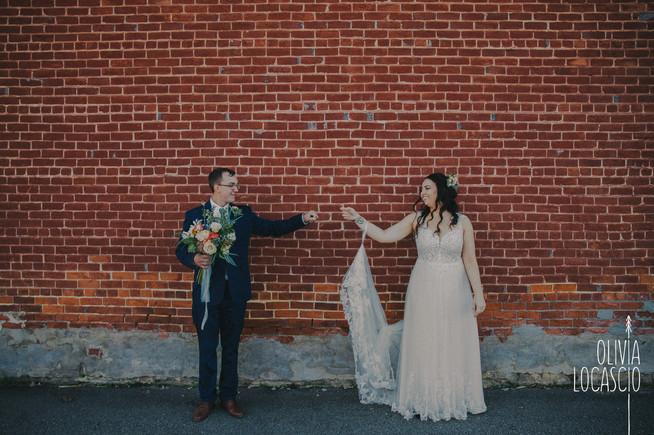 Wisconsin Wedding Photographers - Outdoor reception venue WI