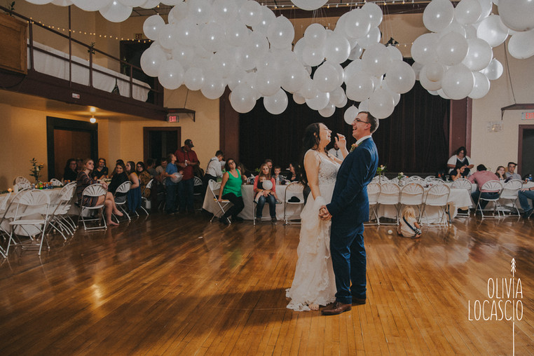 Wisconsin Wedding Photographers - rustic WI photographers