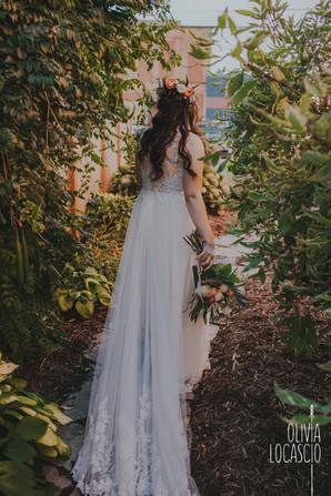 Wisconsin Wedding Photographers - rustic WI wedding venues