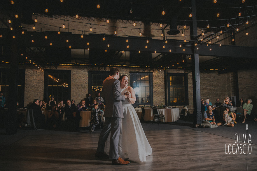 Wisconsin Wedding Photographers - Sheboygan Reception Venues