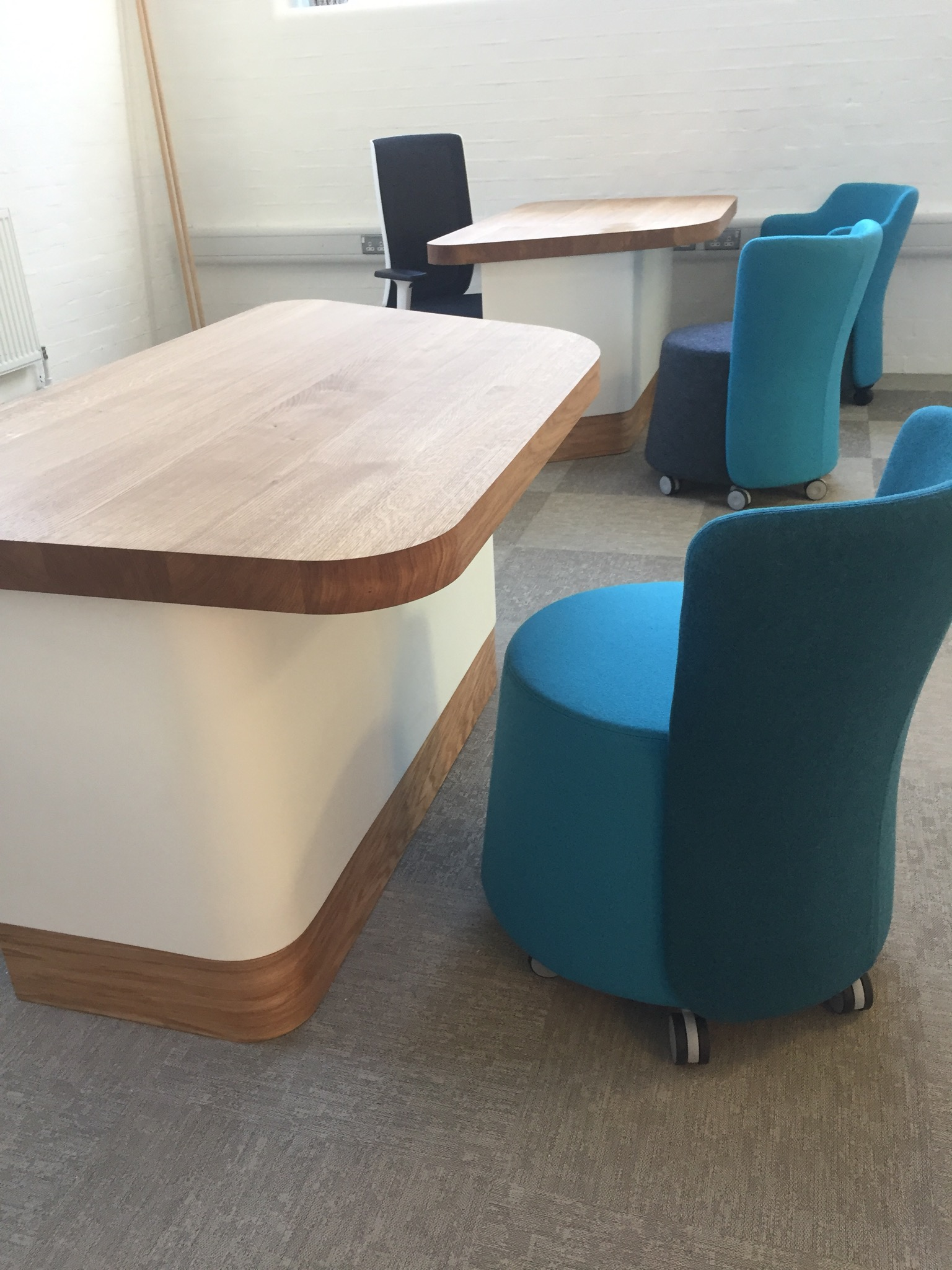 Tradetops timber desk