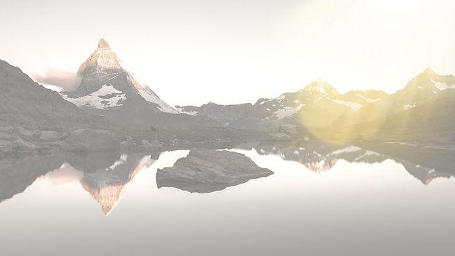 Sunrise%20on%20Matterhorn%20from%20Riffelsee_edited.jpg