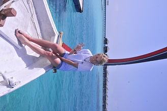 faze thermochromic colour changing t shirt blue girl on boat in maldives