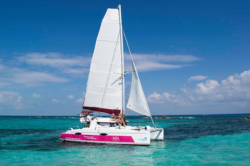 Private Catamaran Fountain Pajot 36ft - Mexico Divers