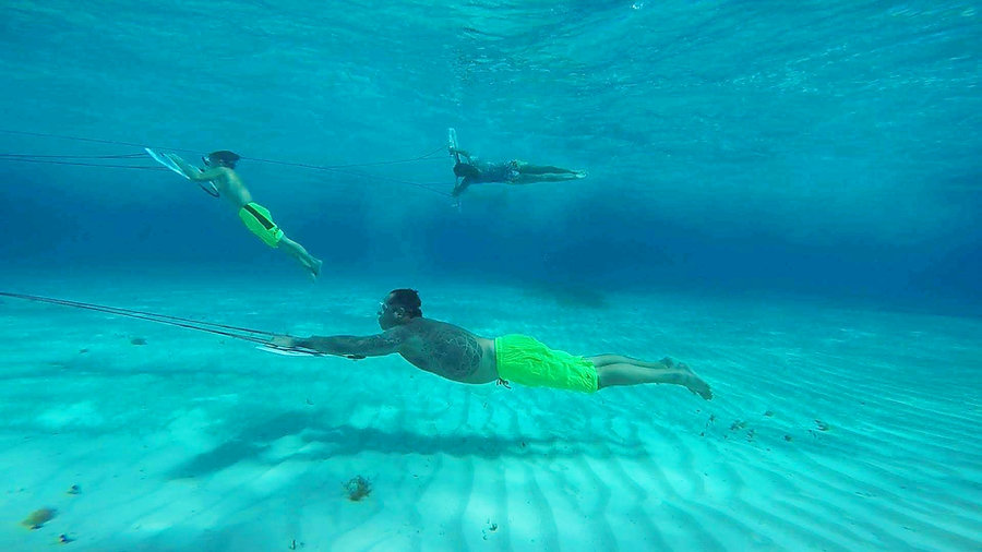 4-wingdivng-Watersports-WaterActivites-W