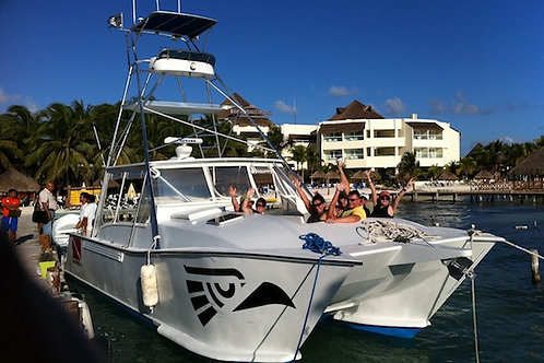Private Custom Boat Catamaran 40ft - Mexico Divers