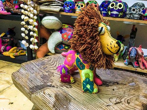 "Artisan Handmade Plush ""Leon Bordado"""