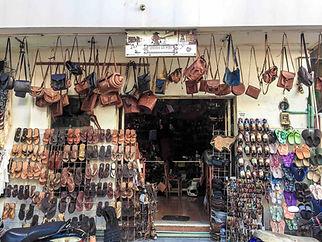 leather-shop-santos-mujeres-mexico-taste