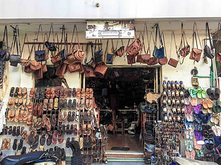 leather-shop-santos-mujeres-mexico-taste