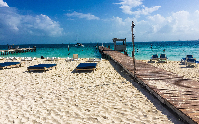 Luxury Beach Club | Isla Mujeres