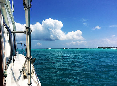 Boat-Day-Punta-Sur-Sunrise-tasteofisla-i
