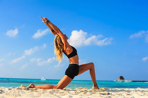 16-Yoga-Laura-Studio-Isla-Mujeres-Mexico